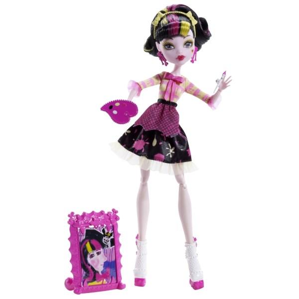 Как из обычной куклы сделать дракулауру