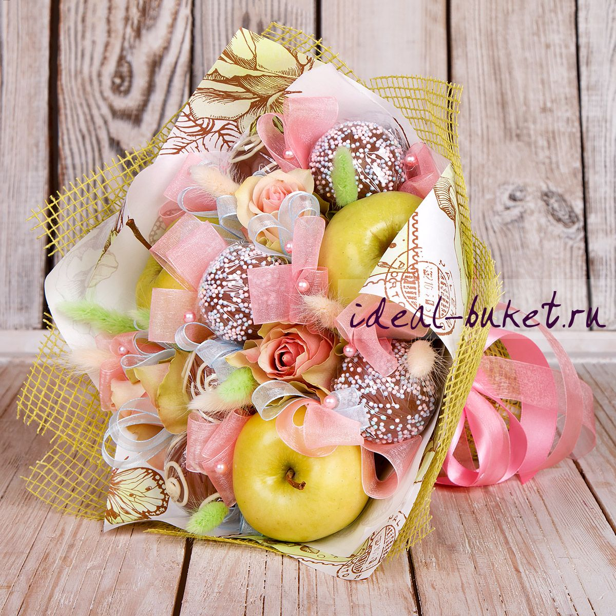 Подарки из конфет и фруктов 65