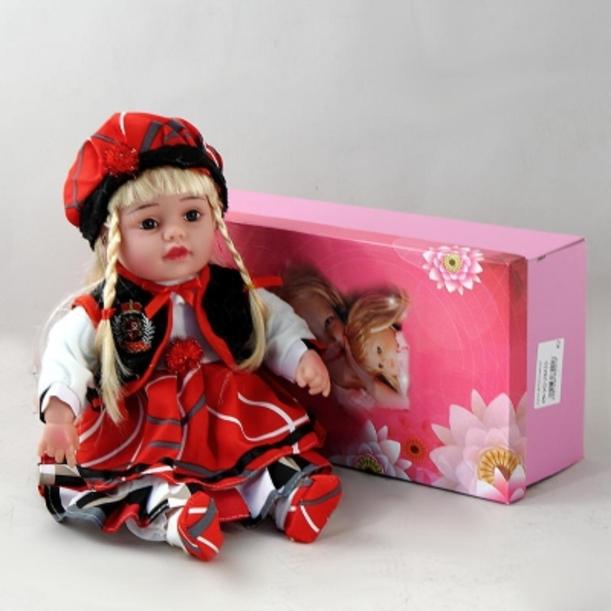 В подарок кукла