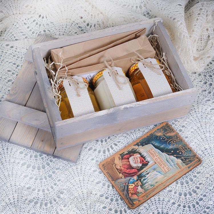 Как красиво уложить подарок в коробку 4