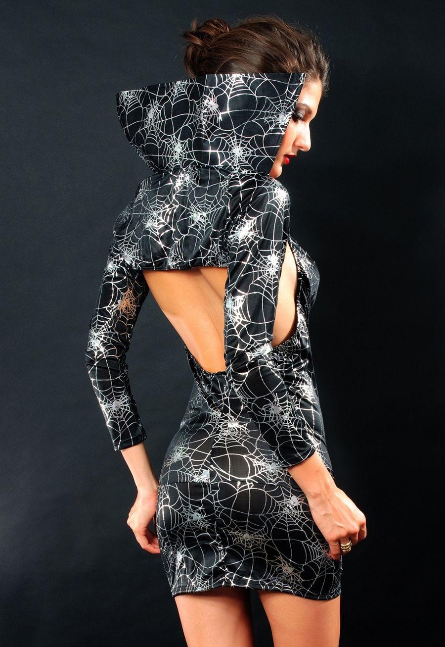 Платья с паутиной