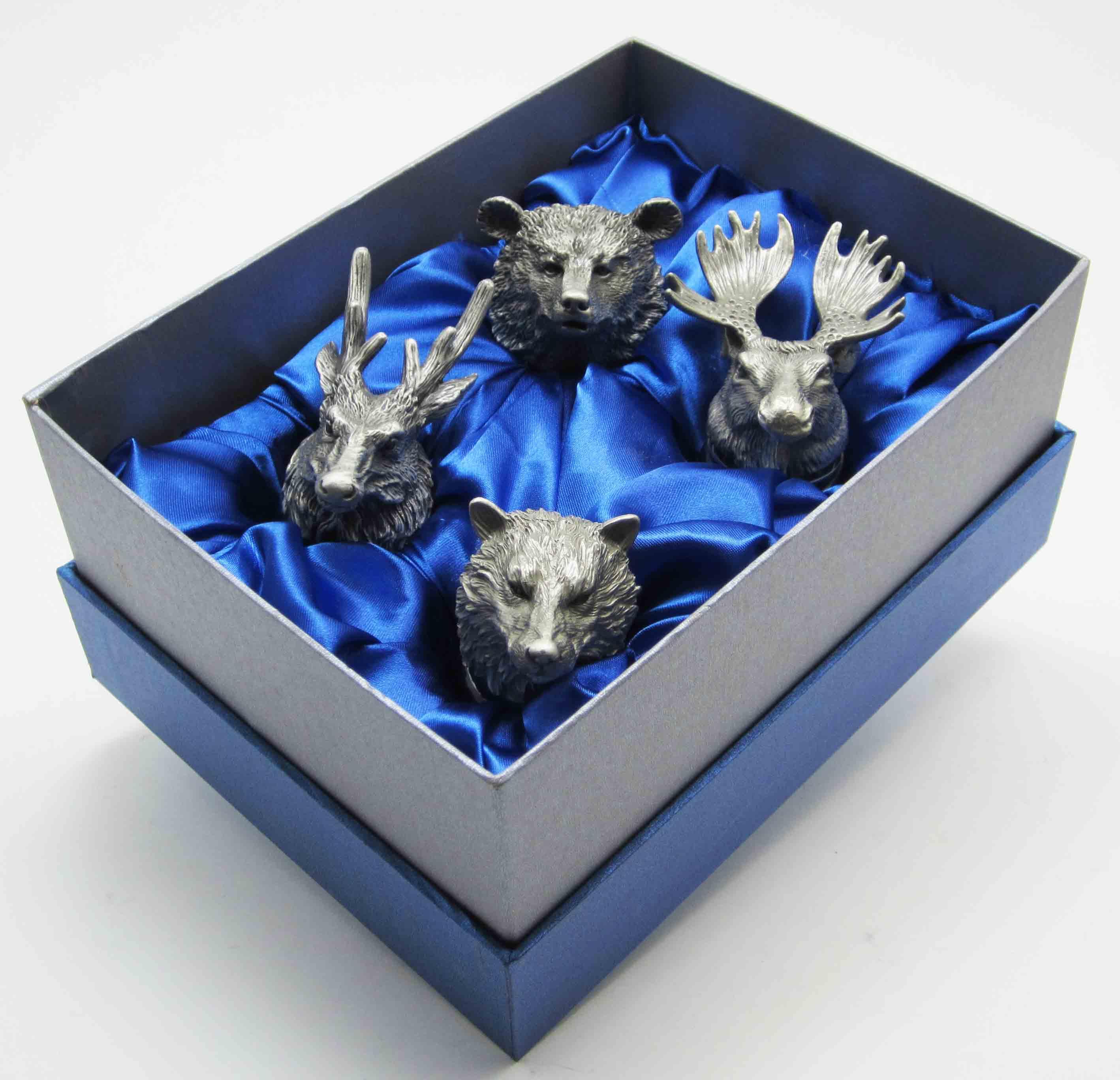 Подарки за головами