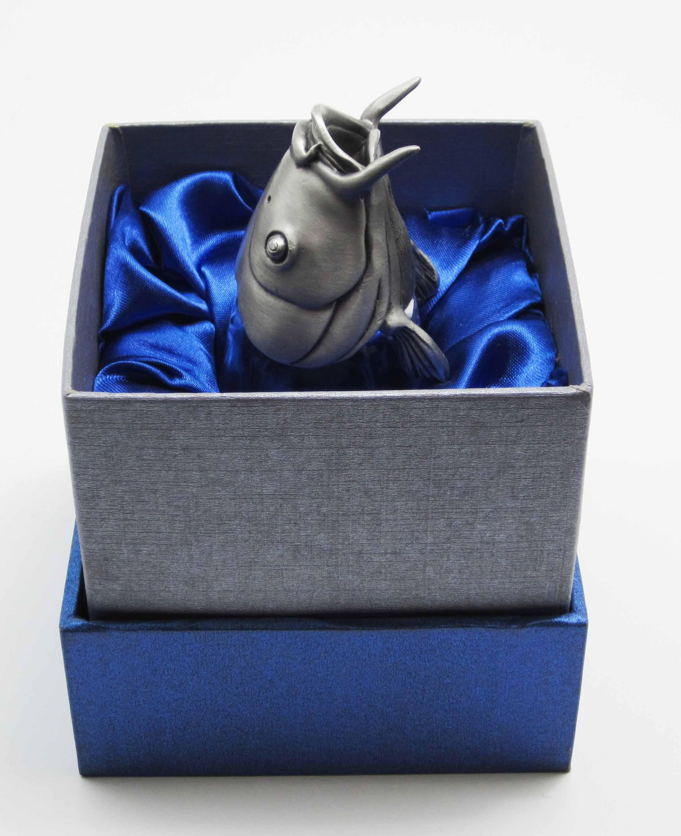 подарок для рыболова москва