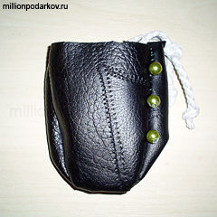 Поделка из кожи кошелечек для ключей