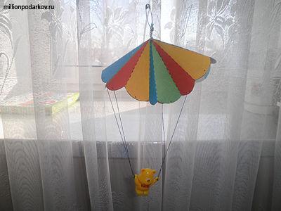 Как сделать парашютиста из бумаги своими руками