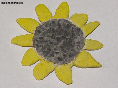 Детская поделка солнышко